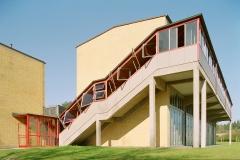 17-school-building