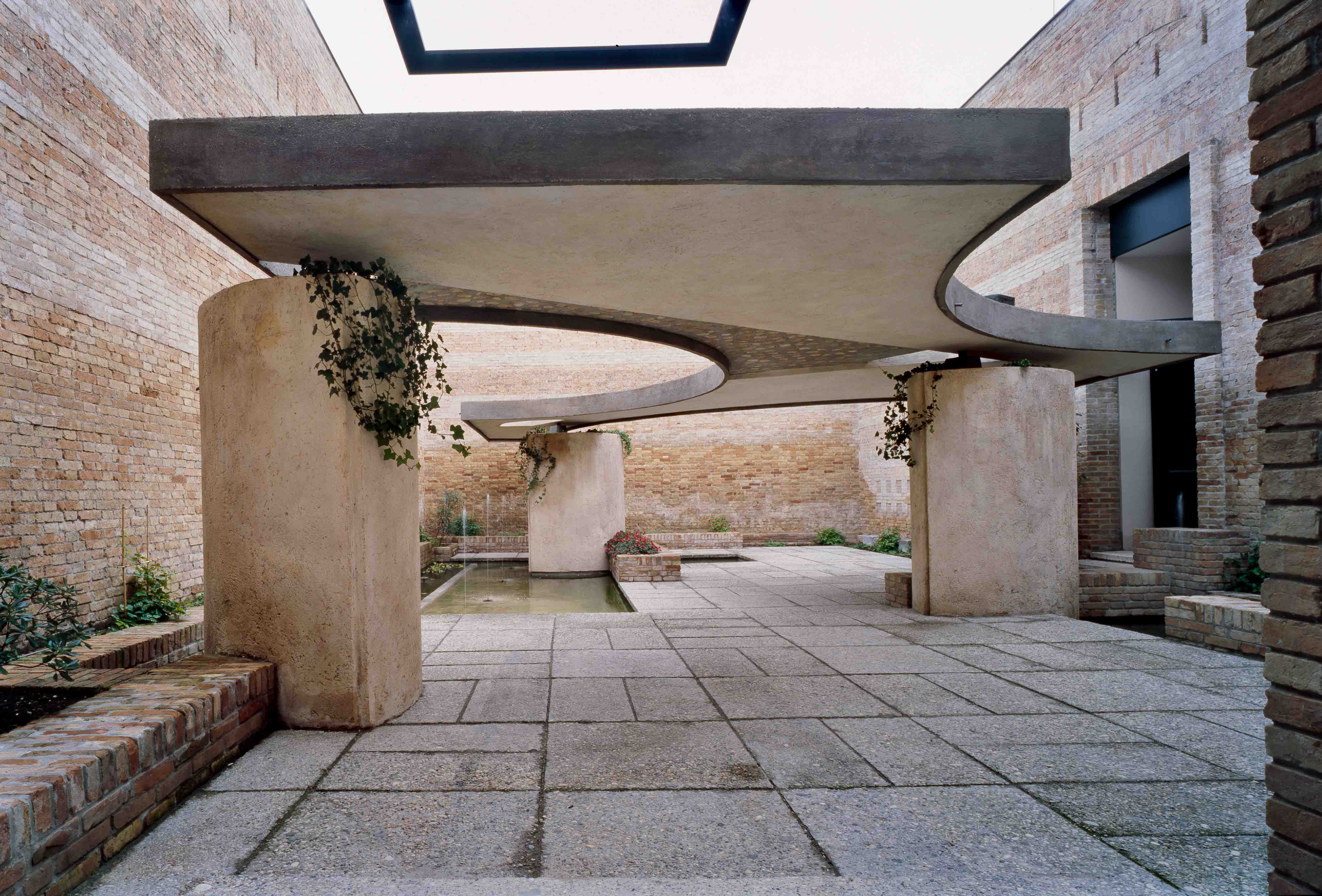 Carlo scarpa talks to robert mccarter architects and - Carlo scarpa architecture and design ...