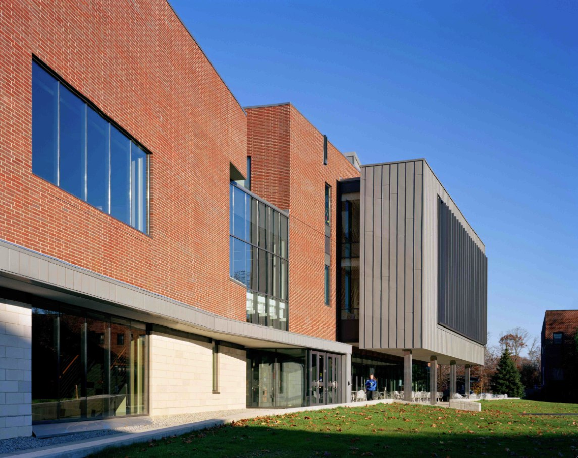 molloy06-campus-ctr-ext-day-brb_lr-1