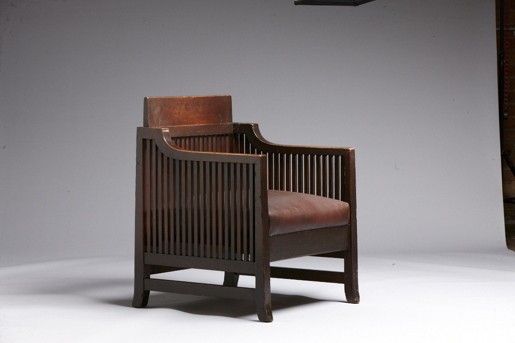 2012-04-oak-reception-chair-_k5b3669_low-res