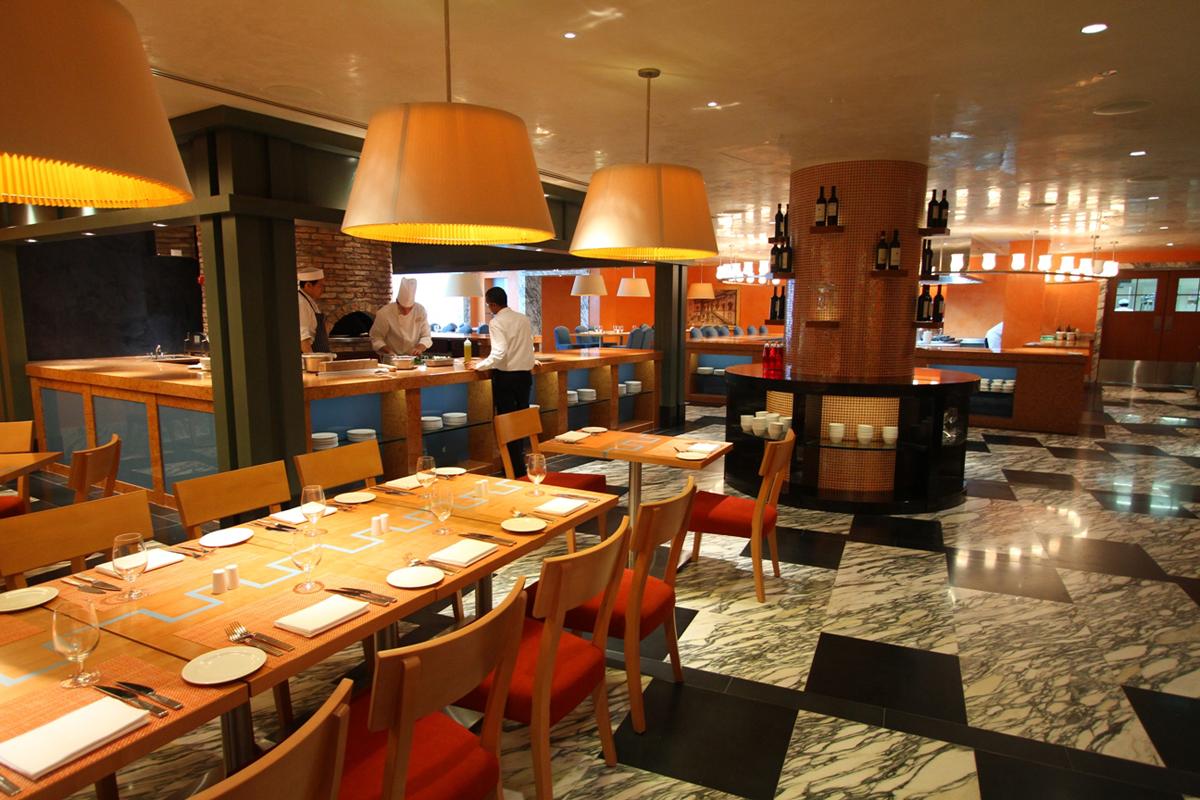 9 Hotel Michael - Palio\'s Restaurant