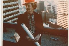 2080_willis_bw-28_willis-in-hard-hat1982