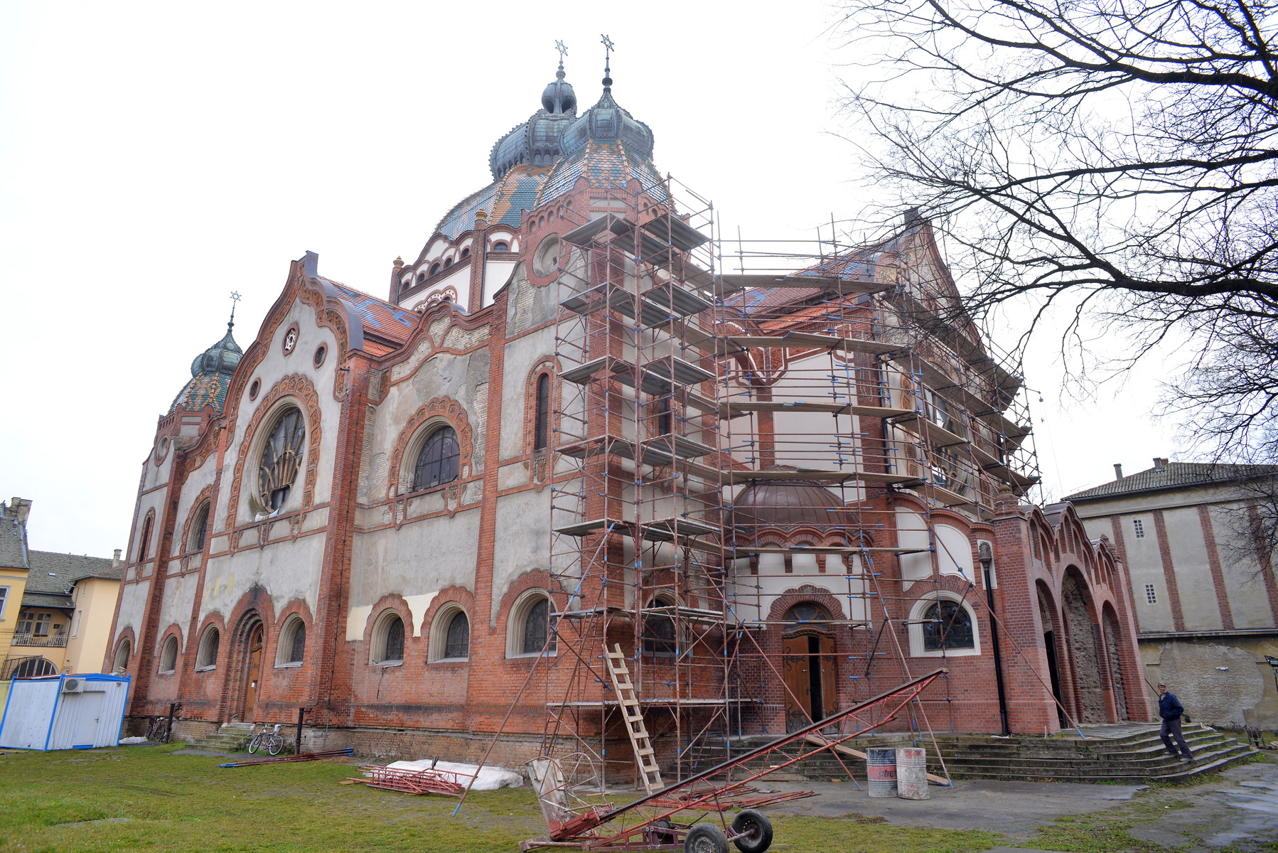 Country: SerbiaSite: Subotica SynagogueCaption: SW façade from 250º viewing angle with scafolding. Image Date: January 21, 2014Photographer: Željko Vukelić, Regional Institute for Conservation of Cultural Heritage Provenance: Southwest Façade Pre-Project Report Original: email from Sarah Sher